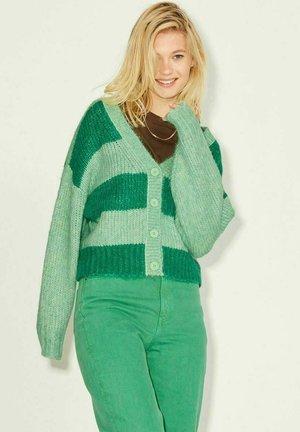 JXBONNIE - Cardigan - absinthe green