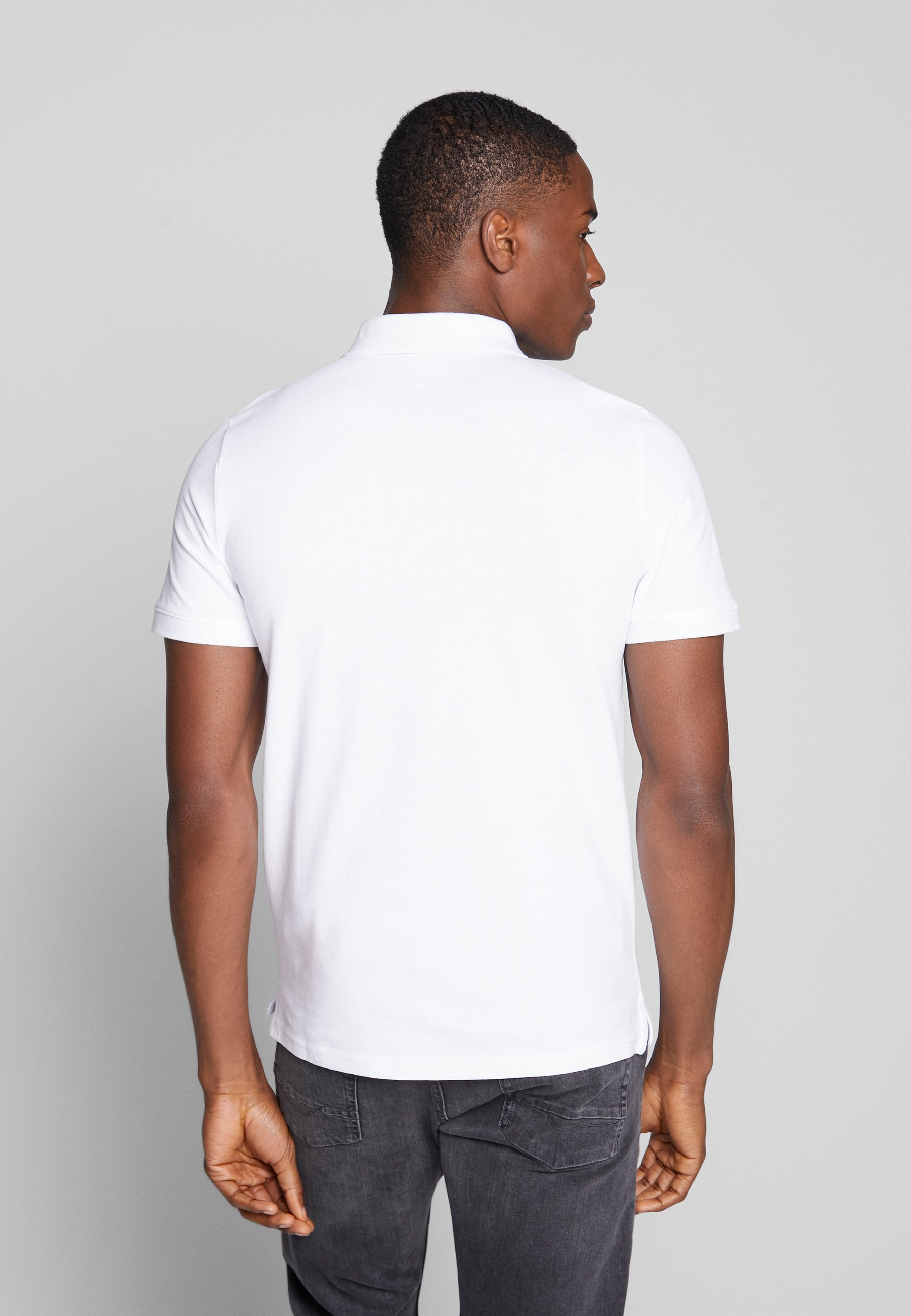 TOM TAILOR BASIC WITH CONTRAST - Polo shirt - white MSbfD