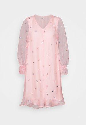 IOWA CITY DRESS - Jurk - soft rose