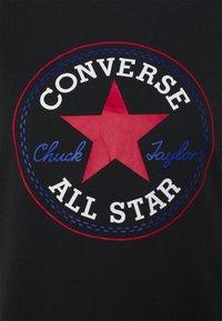 Converse - CHUCK TAYLOR PATCH TEE - Print T-shirt - black multi - 2