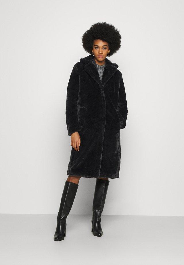 VIKODA COAT - Płaszcz zimowy - black