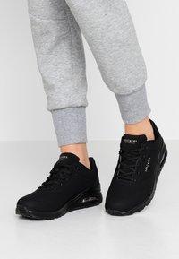 Skechers Sport - UNO - Sneakers - black - 0