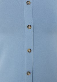 ONLY - ONLLIVELOVE BUTTON DETAIL CROPPED - Top - faded denim - 2