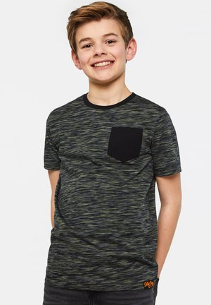 WE FASHION JUNGEN-T-SHIRT MIT MUSTER - Print T-shirt - army green