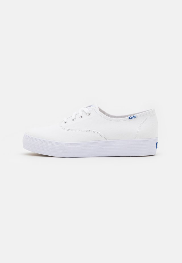 TRIPLE  - Sneakers laag - white