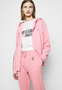 Pinko - ENOLOGIA - Tracksuit bottoms - pink - 4