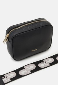 Furla - REAL MINI CAMERA CASE - Across body bag - nero - 4