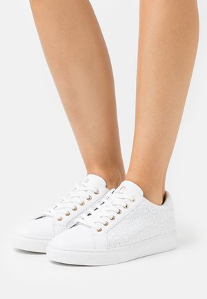 DIANE  - Trainers - white