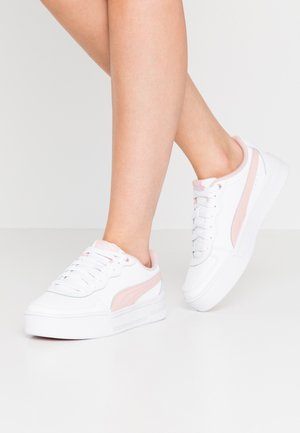 SKYE - Sneakers basse - white/peachskin