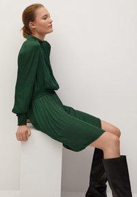 Mango - Day dress - grün - 4