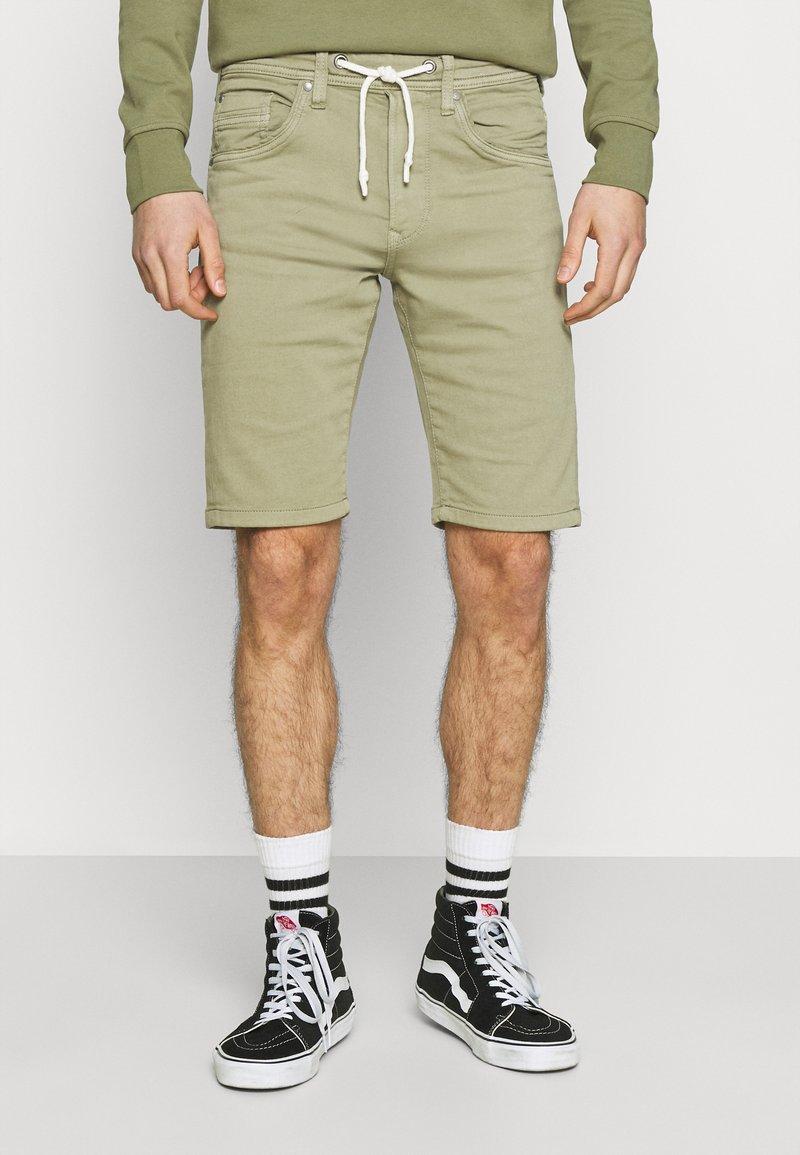 Pepe Jeans - JAGGER  - Farkkushortsit - palm green