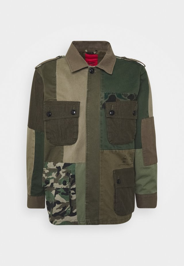 BELFIELD COMBAT PATCHWORK - Summer jacket - ivy green