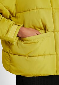 TWINTIP - Winter jacket - yellow - 5
