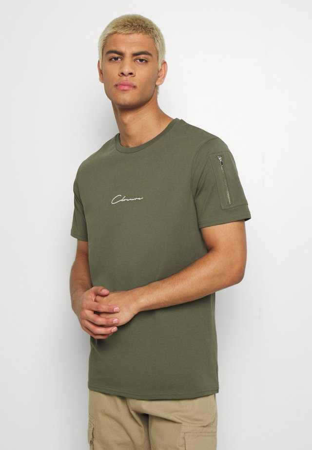 UTILITY TEE - T-shirts med print - khaki