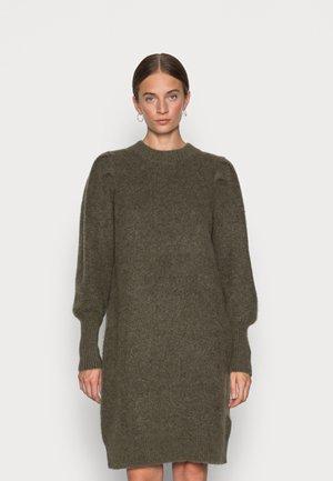 SLFLINNA MIA O NECK DRESS - Strikket kjole - kalamata