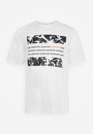 GRAPHIC BOX  - Print T-shirt - white