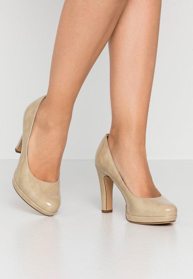 Zapatos altos - cream