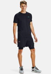 Under Armour - RUSH - T-shirts print - black - 0