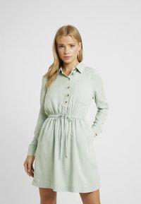 Miss Selfridge Petite - DRESS - Vapaa-ajan mekko - green - 0
