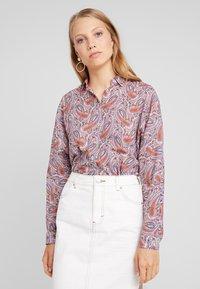 Emily van den Bergh - Skjorte - multicolour - 0