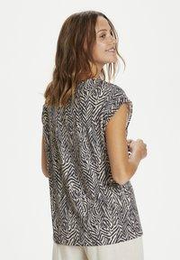 Saint Tropez - Print T-shirt - ombre blue zig zebra - 2