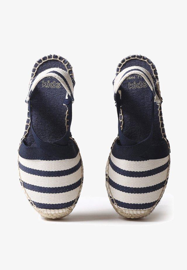 EDITA  - Sandalias de cuña - ecru navy stripe
