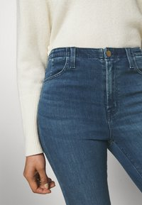 J Brand - DARTED HIGH RISE CROP - Jeans Skinny Fit - moxie - 5