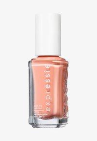 Essie - EXPRESSIE - Nail polish - 130 all things ooo - 0