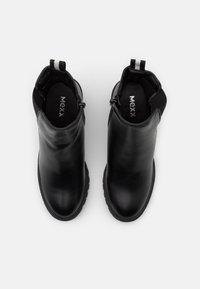 Mexx - DANELLA - Kotníková obuv - black - 5