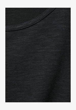 MIT U-BOOT AUSSCHNITT - Basic T-shirt - grau