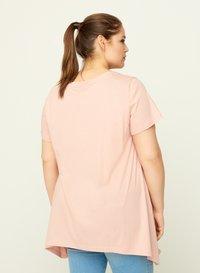 Zizzi - Print T-shirt - rose - 3