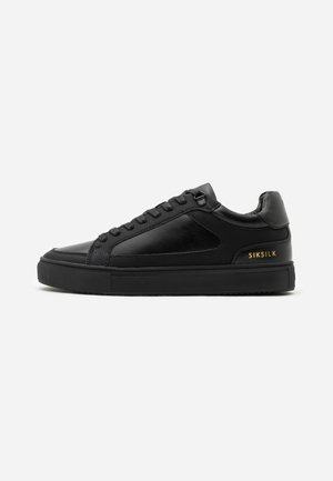 GHOST - Sneakers - black