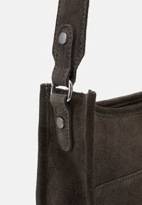 Zign - LEATHER - Across body bag - 8anthracite - 4