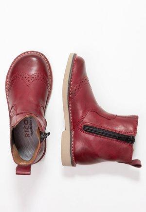 DALLAS - Classic ankle boots - fuchsia