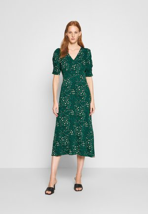 EMPIRE SEAM SHORT SLEEVE MIDI LEOPARD - Jersey dress - green