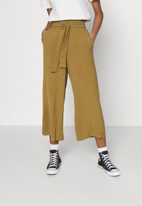 Vila - VIRASHA  - Trousers - butternut - 0