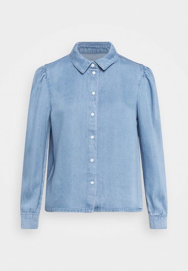 ONLBILLIE DENIM LIFE DNM SHIRT QYT - Button-down blouse - medium blue denim