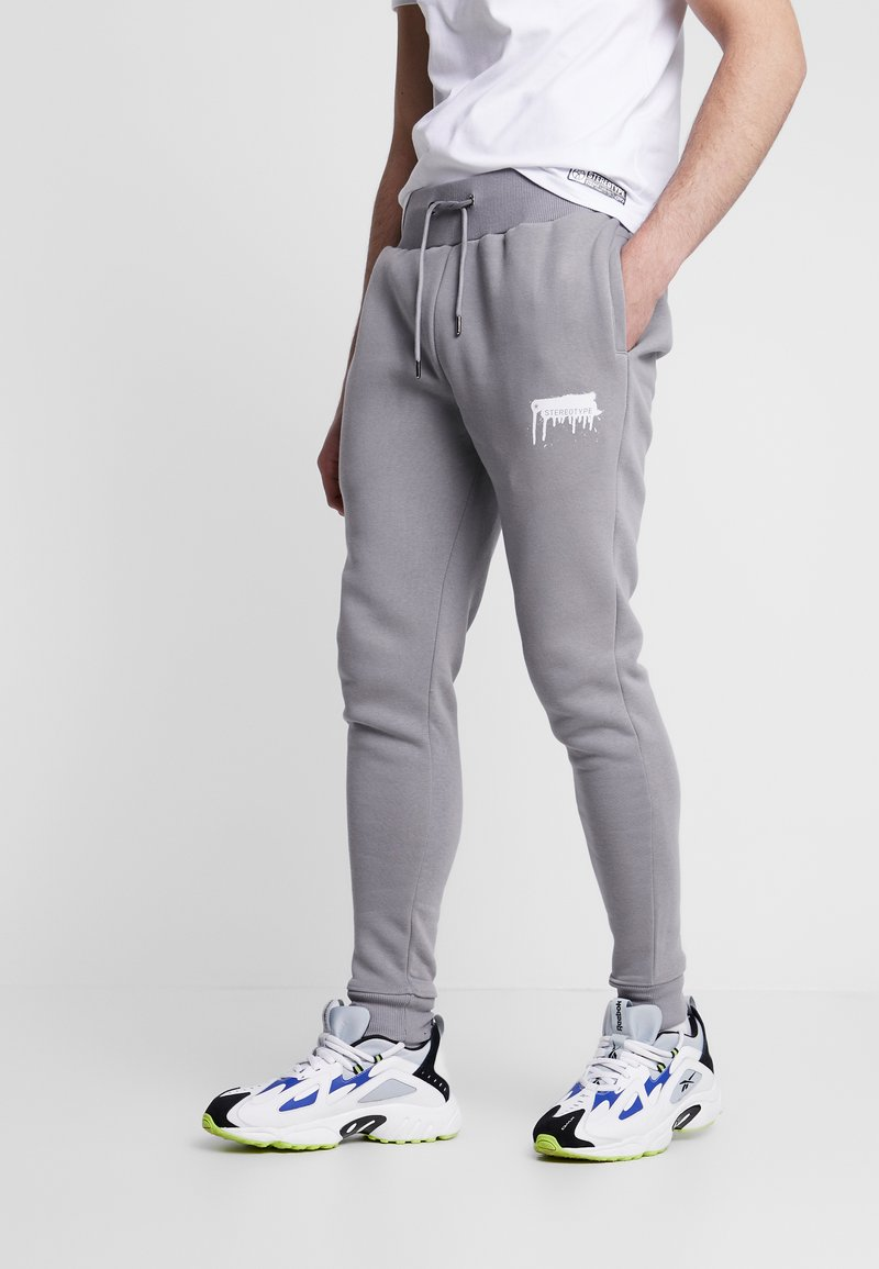 STEREOTYPE - Tracksuit bottoms - grey