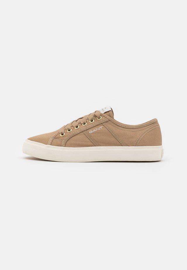 PINESTREET - Sneakersy niskie - sand