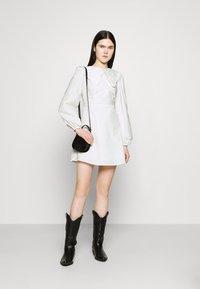 Fashion Union - TWORL DRESS - Robe d'été - white - 1