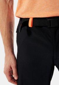 The North Face - M CIRCADIAN SHORT - EU - Sports shorts - tnf black - 2