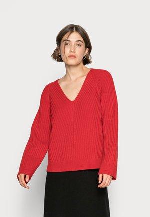 KASI - Sweter - garnet red
