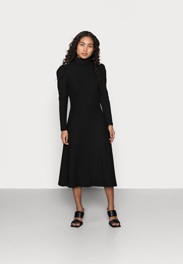 ONLNELLA ROLL NECK DRESS - Gebreide jurk - black
