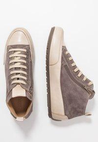 Candice Cooper - MID - Sneakers alte - choco/sabbia - 3