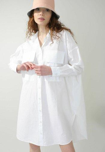Vestido camisero - weiß