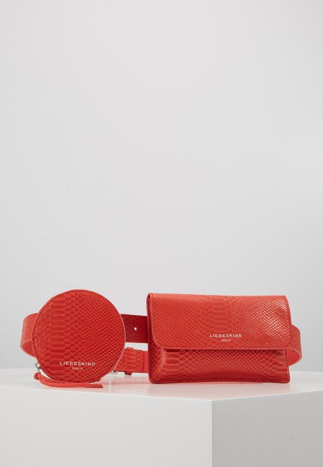 Bæltetasker - poppy red