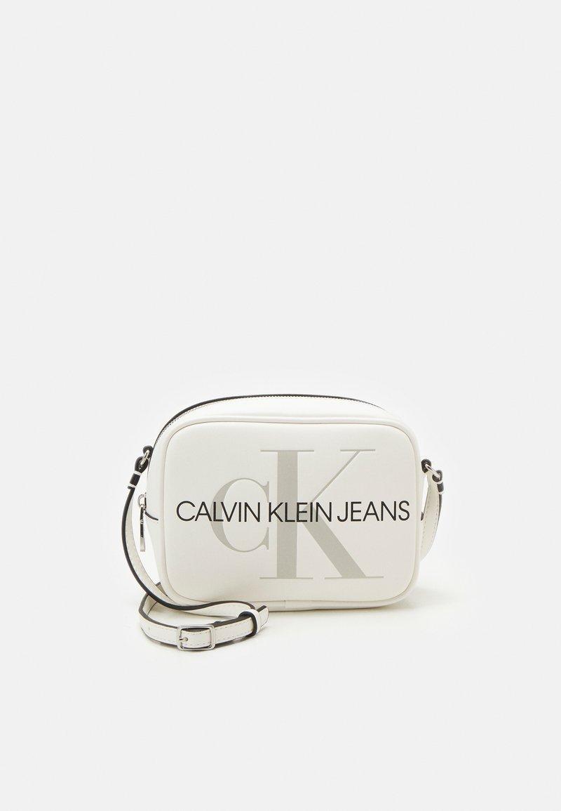 Calvin Klein Jeans - CAMERA BAG - Across body bag - white