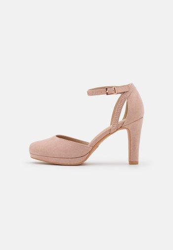 Scarpe con plateau - light pink