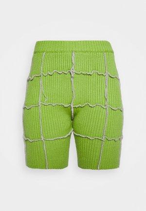 MOVER - Shorts - green
