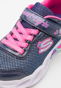 Skechers - SWEETHEART LIGHTS - Tenisky - navy/neon pink/multicolor - 5